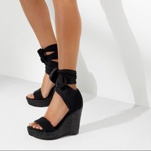 Donald J. Pliner Shoes - Donald J Pliner Crepe-Elastic Espadrille Wedge